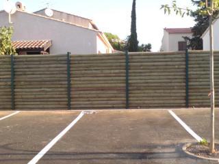 Clôture en bois et métal réalisée à La Crau