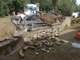 Création d'un escalier en pierre et ardoise à Ramatuelle