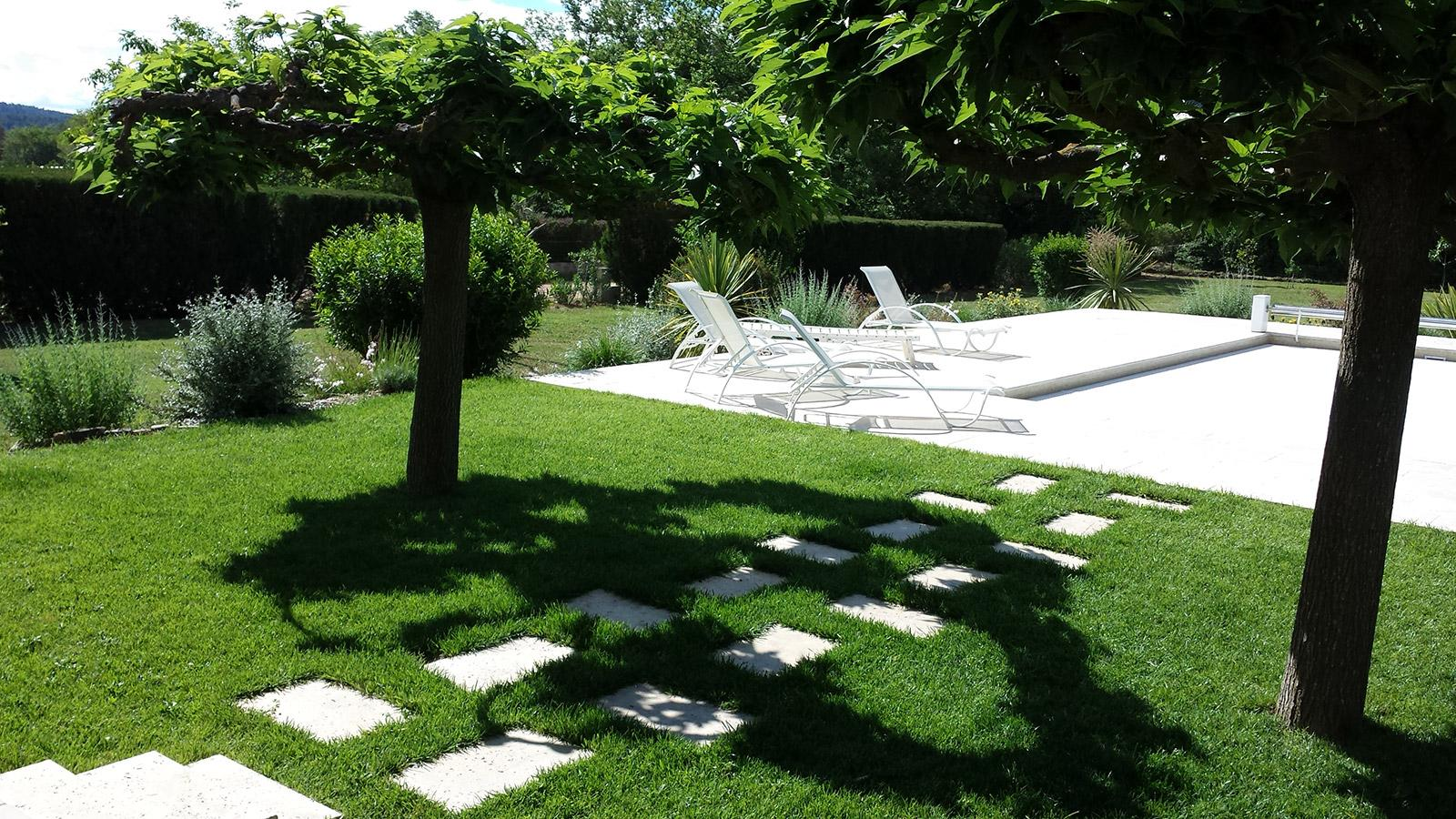 Création et aménagement complet de jardin à Brignoles