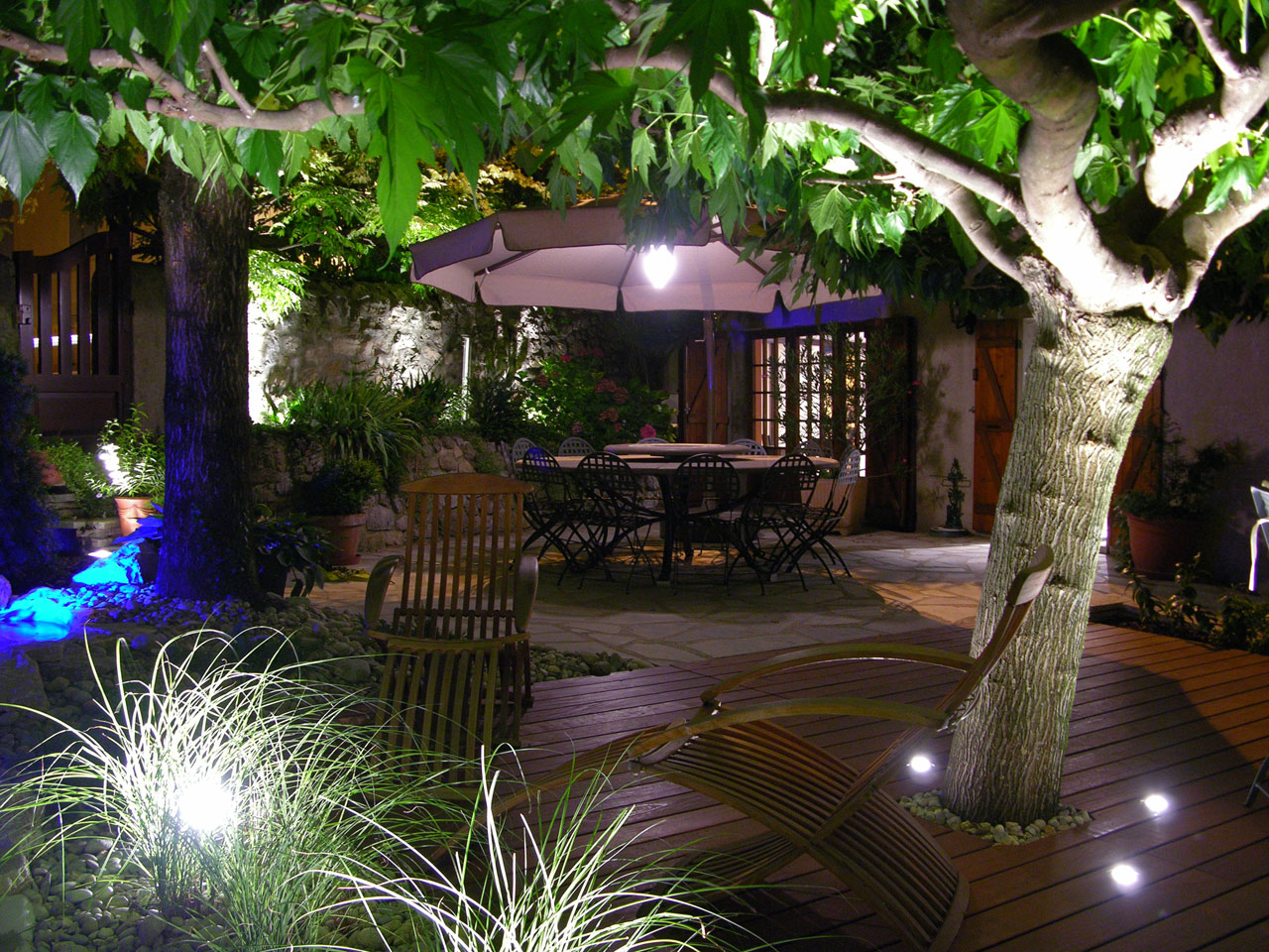 fabulous cool eclairage de jardin brignoles with eclairage terrasse bois led with spot led terrasse bois