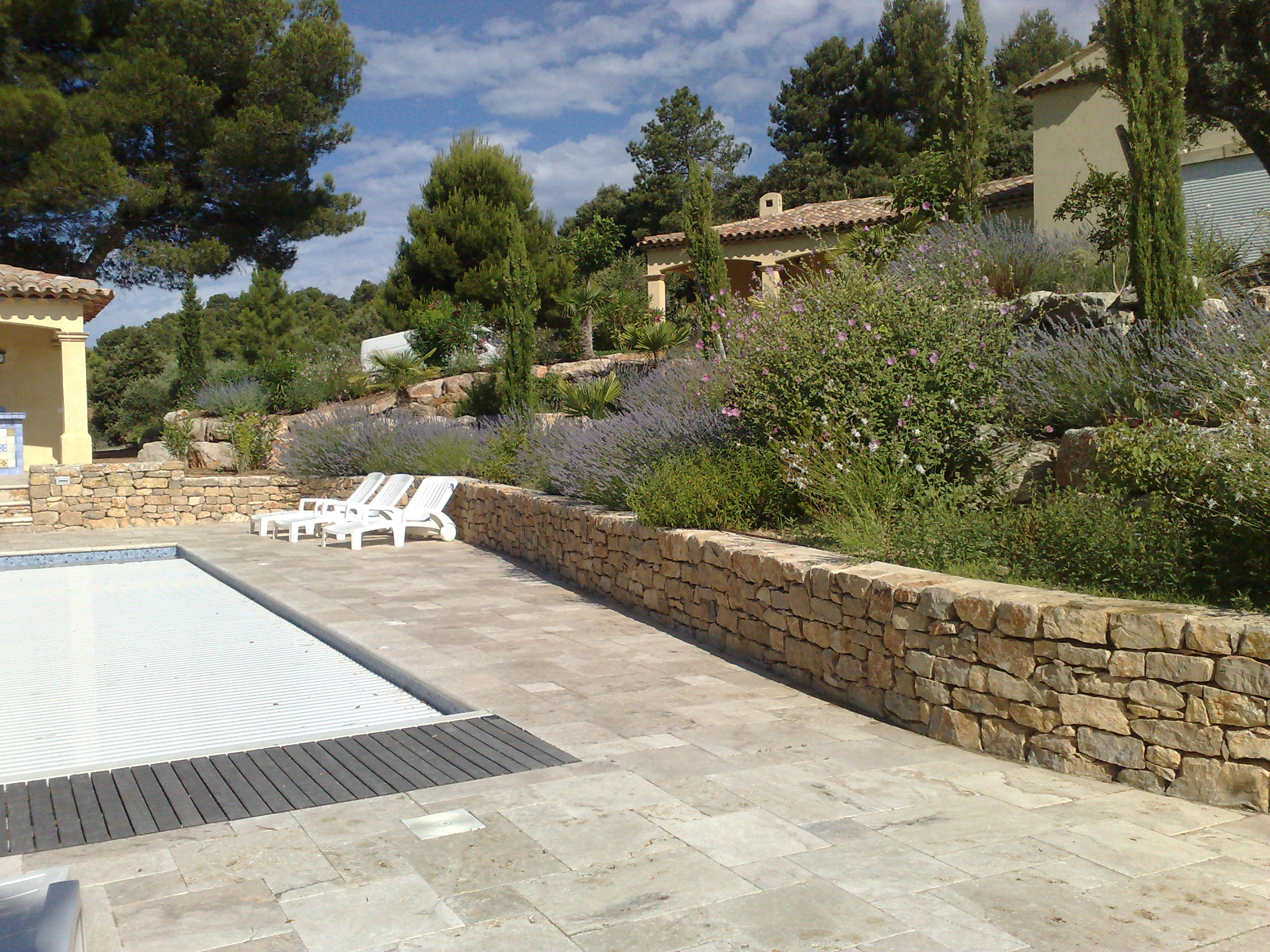 Terrasse Travertin Forum : Terrasse en Travertin en opus romain Brignoles (Var